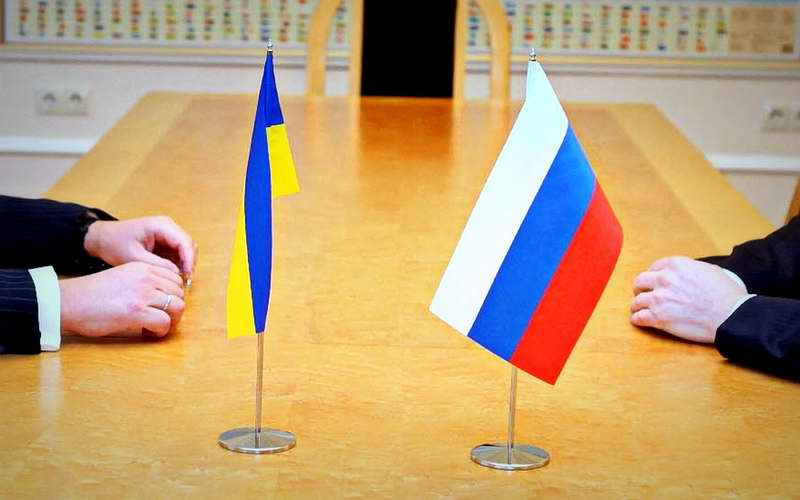 Путин попросил Совет Федераций запретить ему использовать войска на Украине