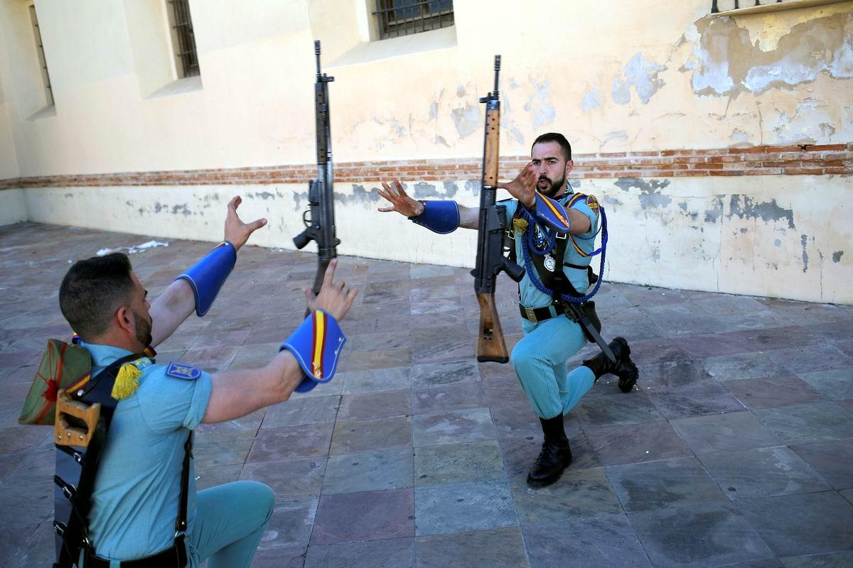 А мы готовимся к параду: Тренировка солдат Испанского легиона
