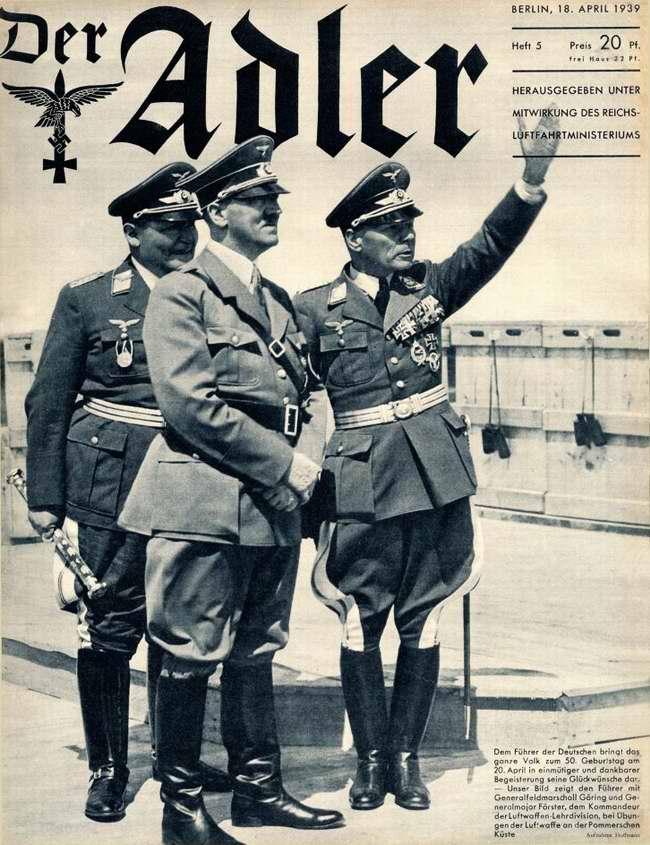 Адольф Гитлер, генерал-фельдмаршал Геринг и генерал-майор Ферстер