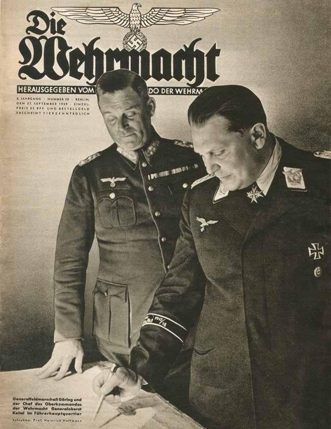 Генерал-фельдмаршал Геринг и начальник Верховного командования Вермахта генерал-полковник Кейтель