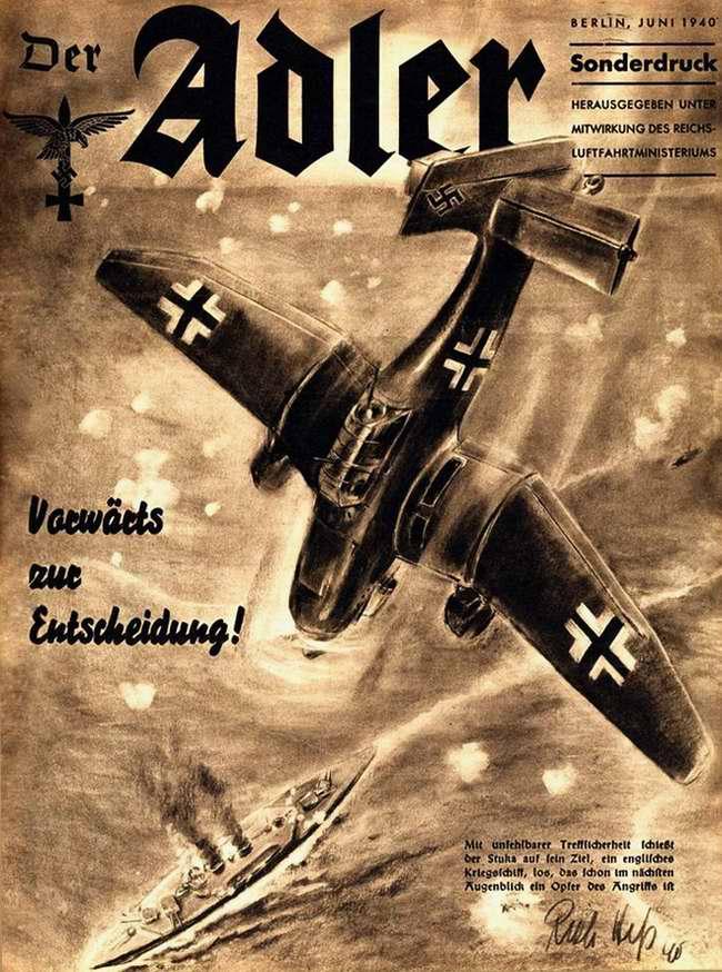 Время действовать: Ju-87 заходит на цель в виде британского крейсера