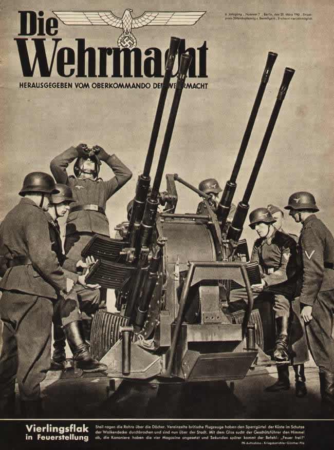 За несколько секунд до подачи команды Огонь - немецкая четырехствольная зенитная установка в боевом положении