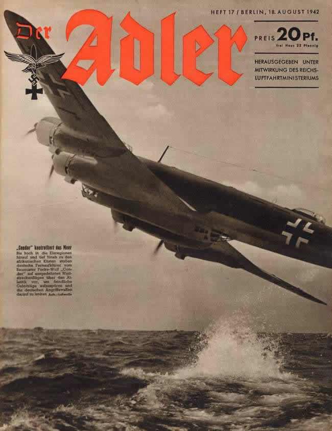 Немецкий дальний бомбардировщик Focke-Wulf Fw 200 Condor в процессе патрулирования в небе над Атлантическим океаном