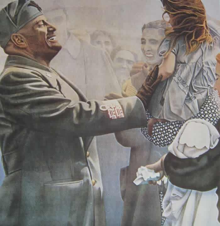 Муссолини на улице общается с простыми людьми (1941 год)