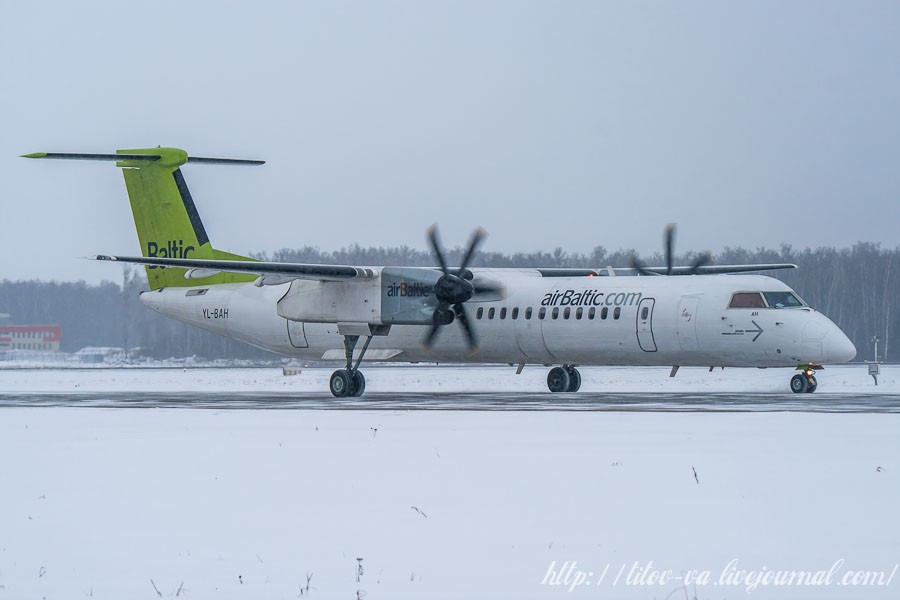 35. А вот тот же самый Bombardier Q400 NextGen компании