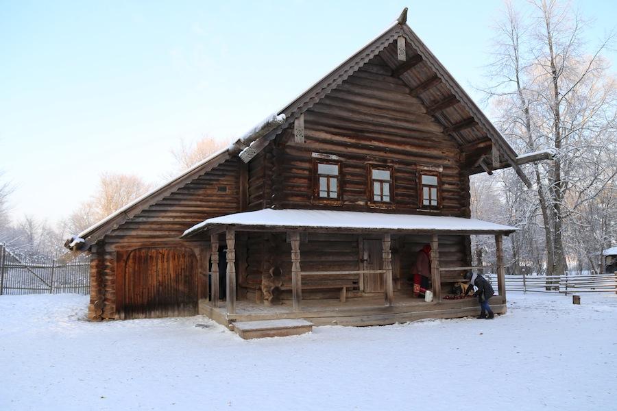 Изба Туницкого из деревни Пырищи