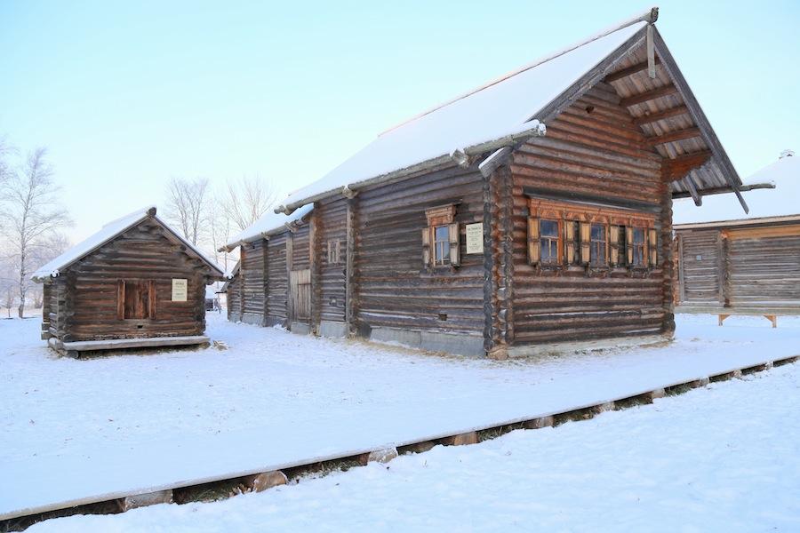 Изба Утенковой из деревни Устье-Кировское