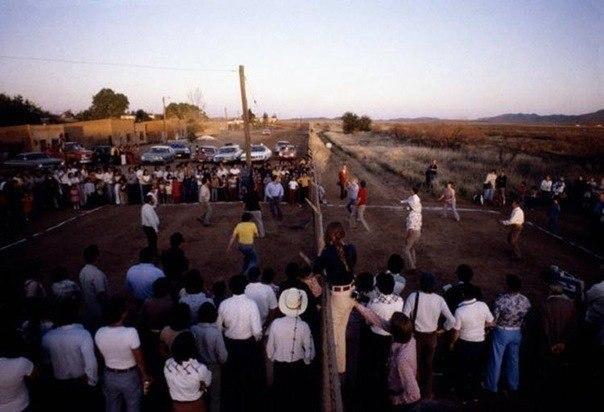 Где-то между США и Мексикой, 1979