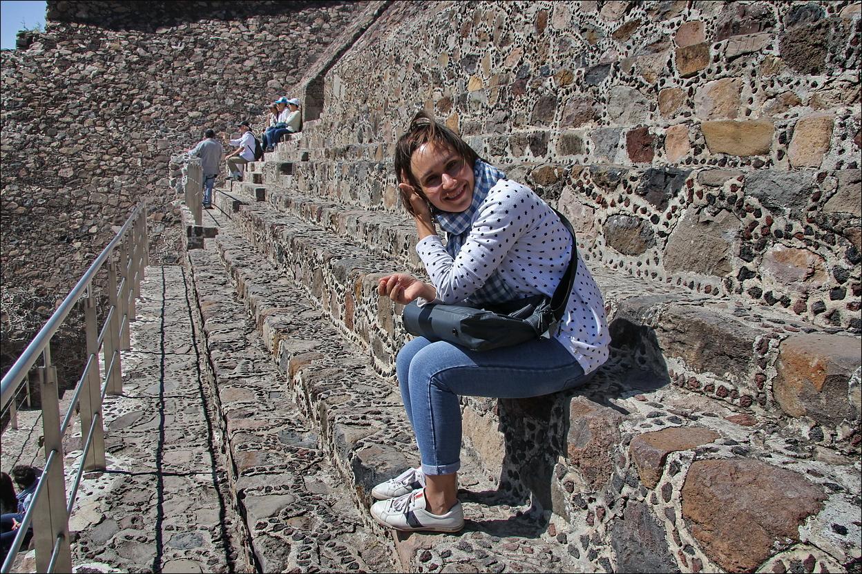 http://ic.pics.livejournal.com/tkova/77245371/53935/53935_original.jpg