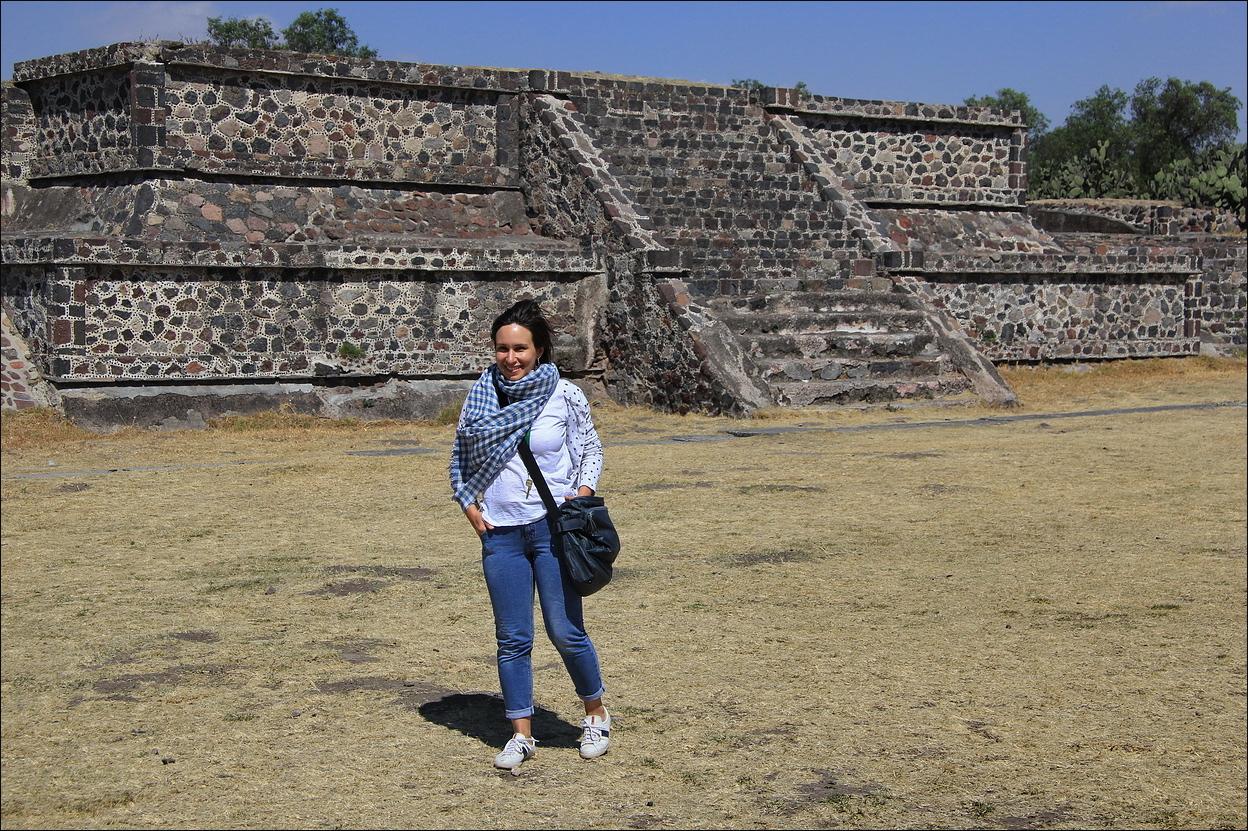 http://ic.pics.livejournal.com/tkova/77245371/58087/58087_original.jpg