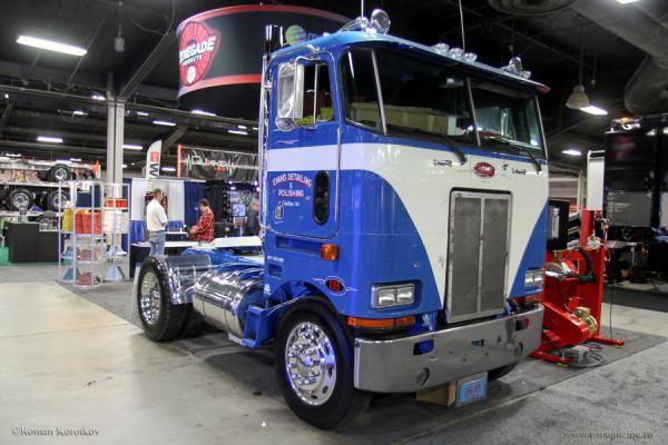 выставка антикварных грузовиков