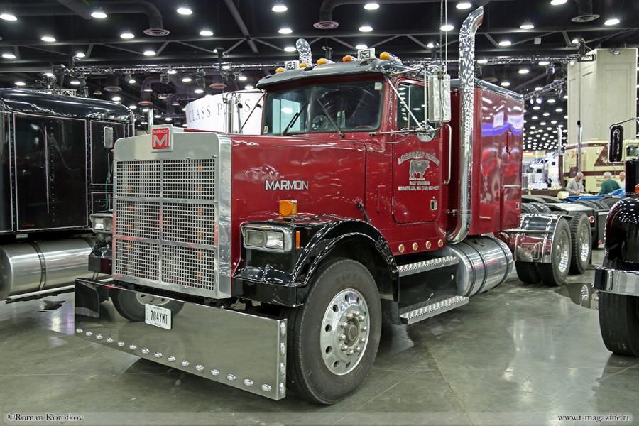 Фот грузового авто Marmon на выставке MATS 2018