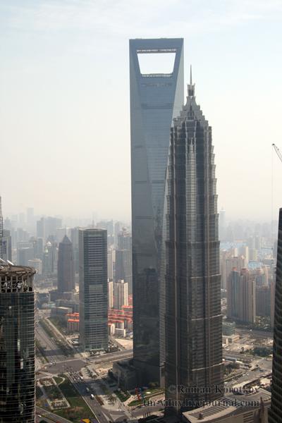 Здание Цзинь Мао и Шанхайского всемирного финансового центра