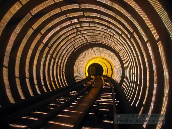 туристический экскурсионный тоннель Банд