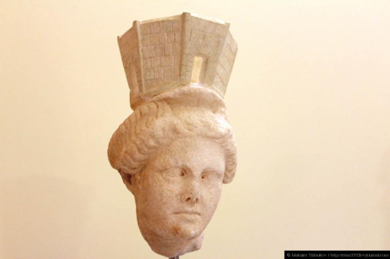 Экспонаты музея в Филиппах 2