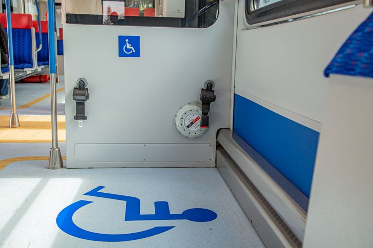 Места для маломобильных пассажиров