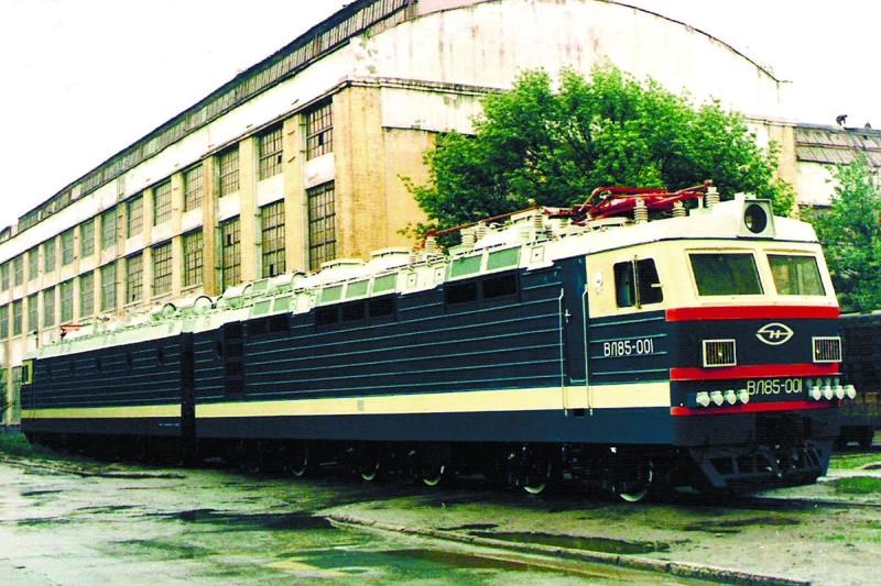 Электровоз ВЛ85-001