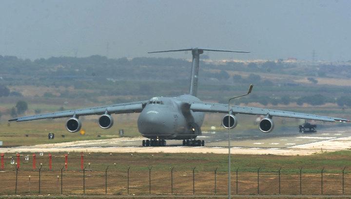 В Турции хотят закрыть авиабазу для американских самолетов