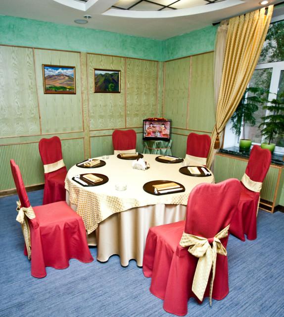 Ресторан ТОКИО круглый кабинет