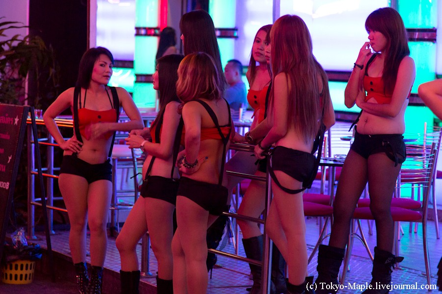 seks-s-tayskimi-morkovkami-foto-goloy-belli-frencheva