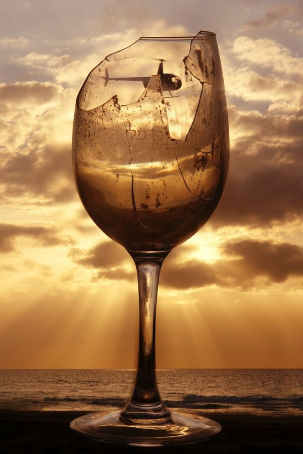 The_Night_of_Broken_Glass_by_ahermin