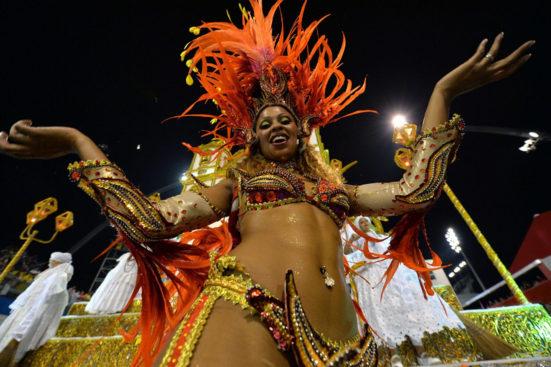 Brazil-carnival-parade-Sambadrome-3198121