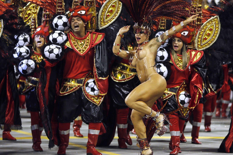 Brazil-carnival-parade-Sambadrome-3198130