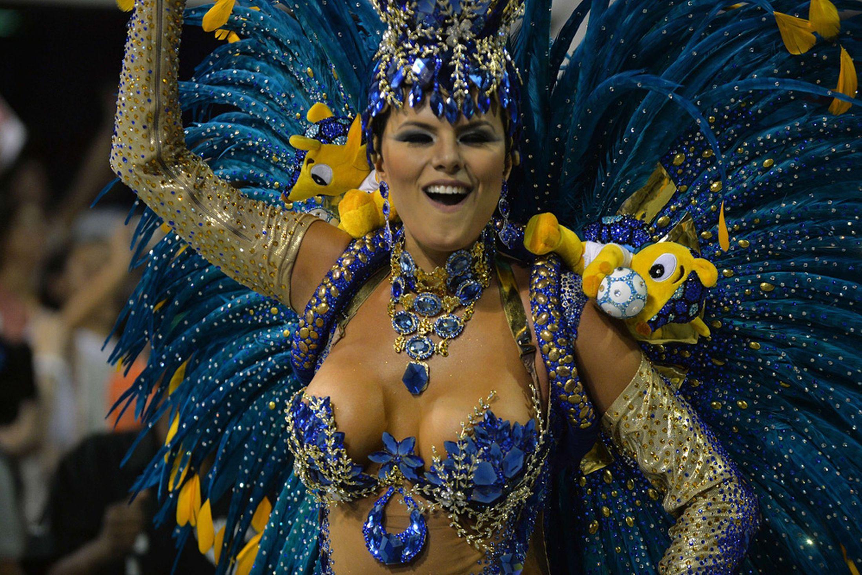 Brazil-carnival-parade-Sambadrome-3198127