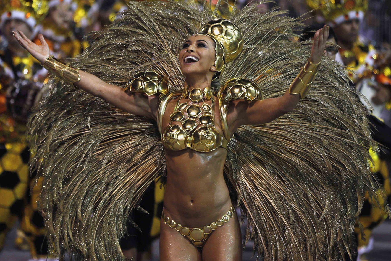 Brazil-carnival-parade-Sambadrome-3198122