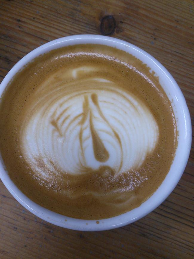 Barista-Latte-Art-06