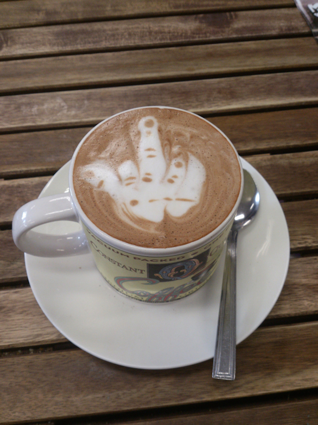 Barista-Latte-Art-03