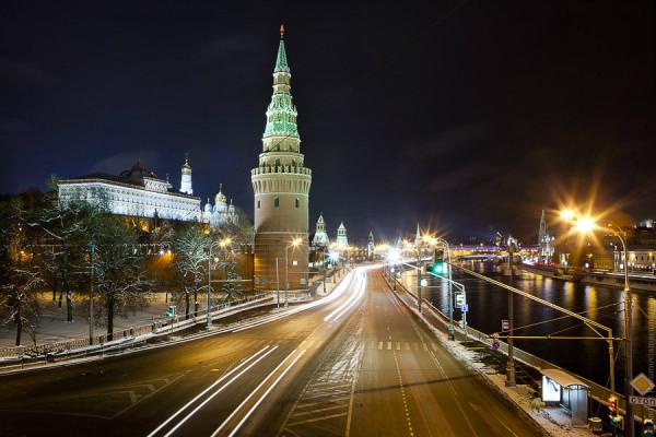 Naryadnaya-Stolitsa-Kreml