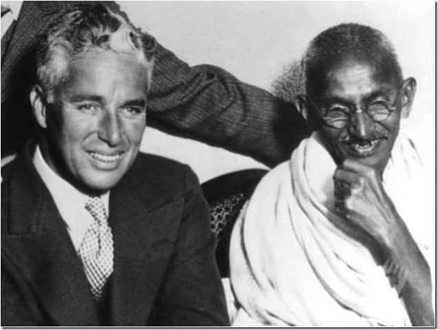 Charles Chaplin e Mahatma Gandhi  1931