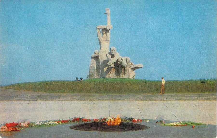 Мемориал в Змиевской балке