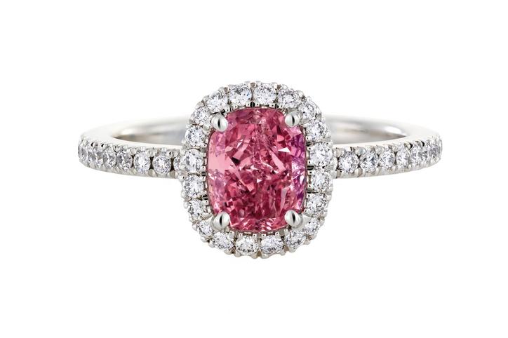 кольцо рубиновое
