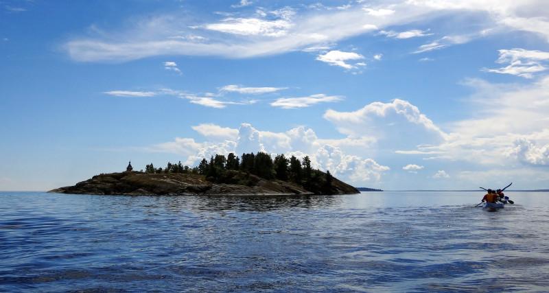 Остров Есусарет.jpg