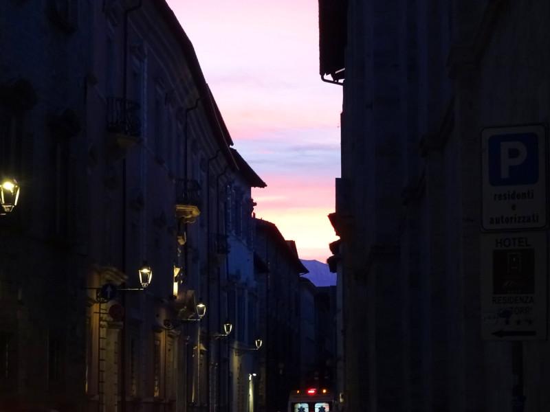Улица пустых фонарей