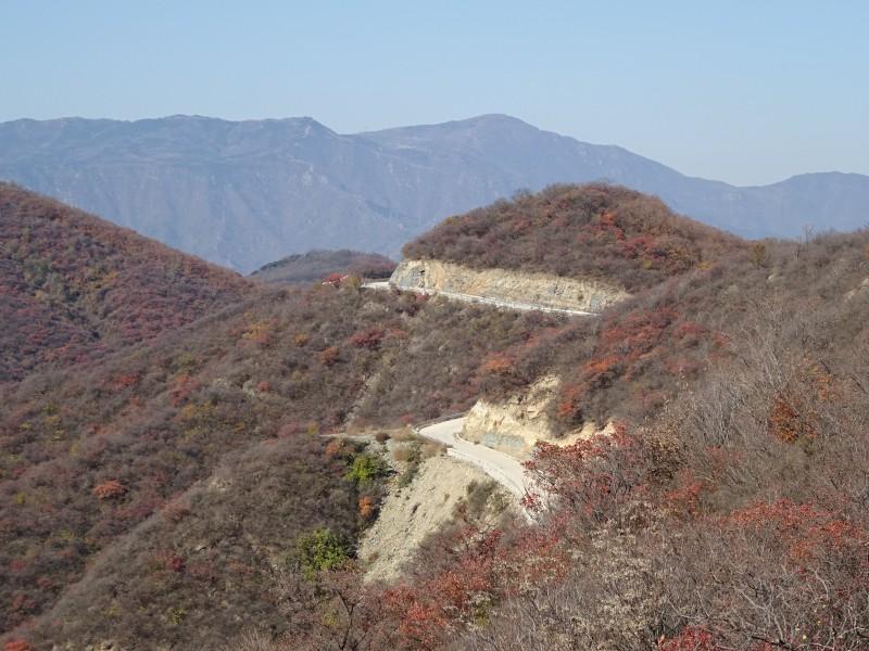 Дорога по холмам