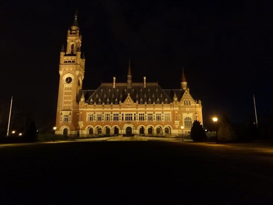 Ночной вид на собор