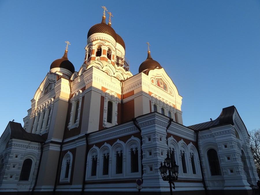 Александро-Невский собор на закате