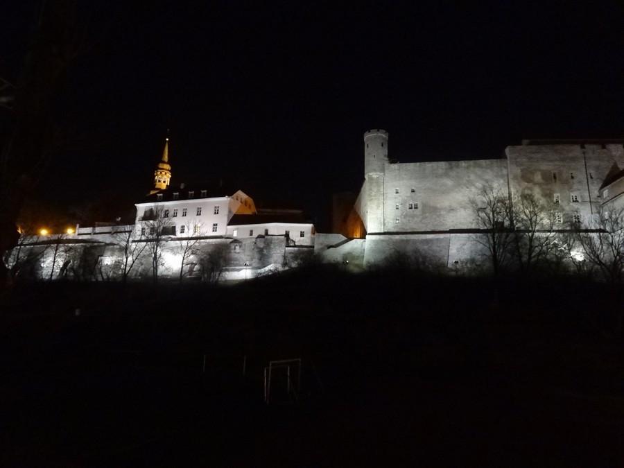 Ночная подсветка крепости