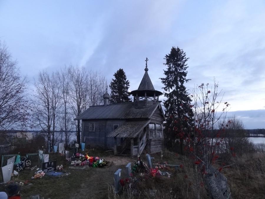 Петропавловская часовня в Заозерье (Вачозеро)