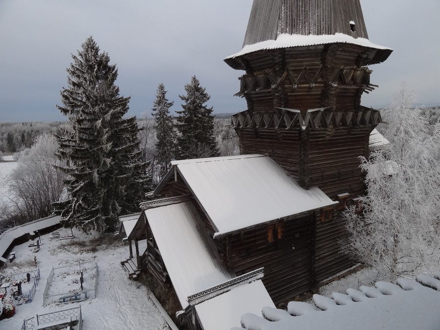 Рождественская церковь в Гимреке. Вид с колокольни.