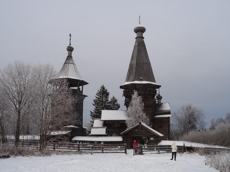 Рождественская церковь в деревне Гимрека