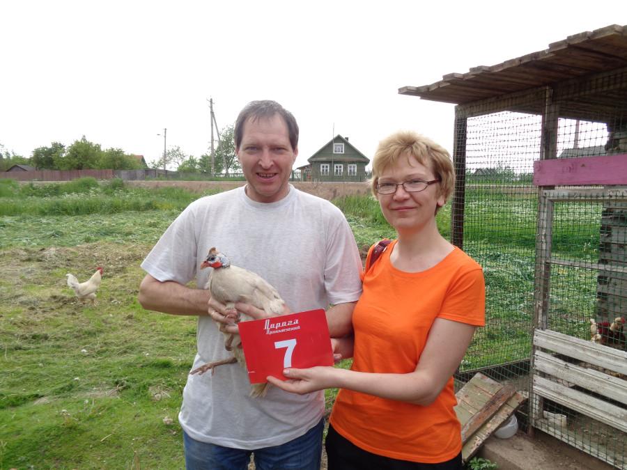 Фотография с курицей