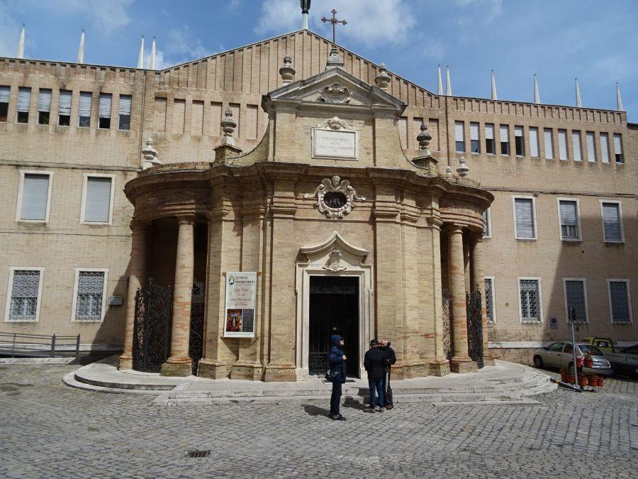 Мачерата - собор, построенный за день