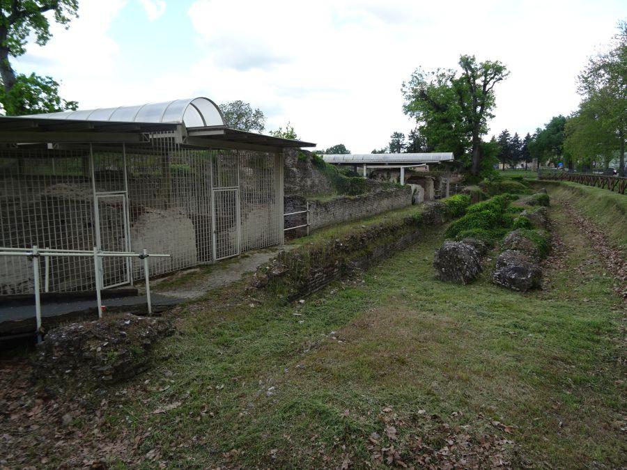 Урбс Сальвия - развалины храма