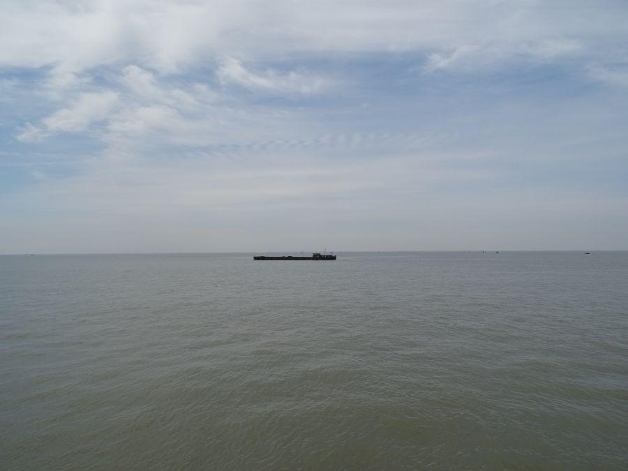 Где-то там - другой берег