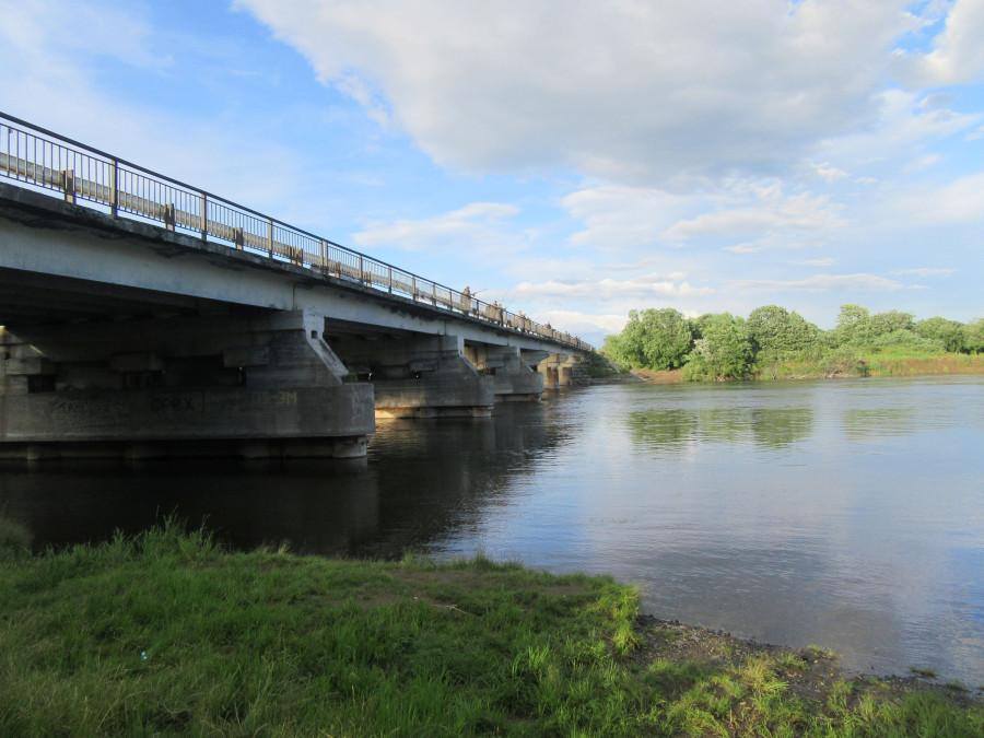 Река Авача - мост