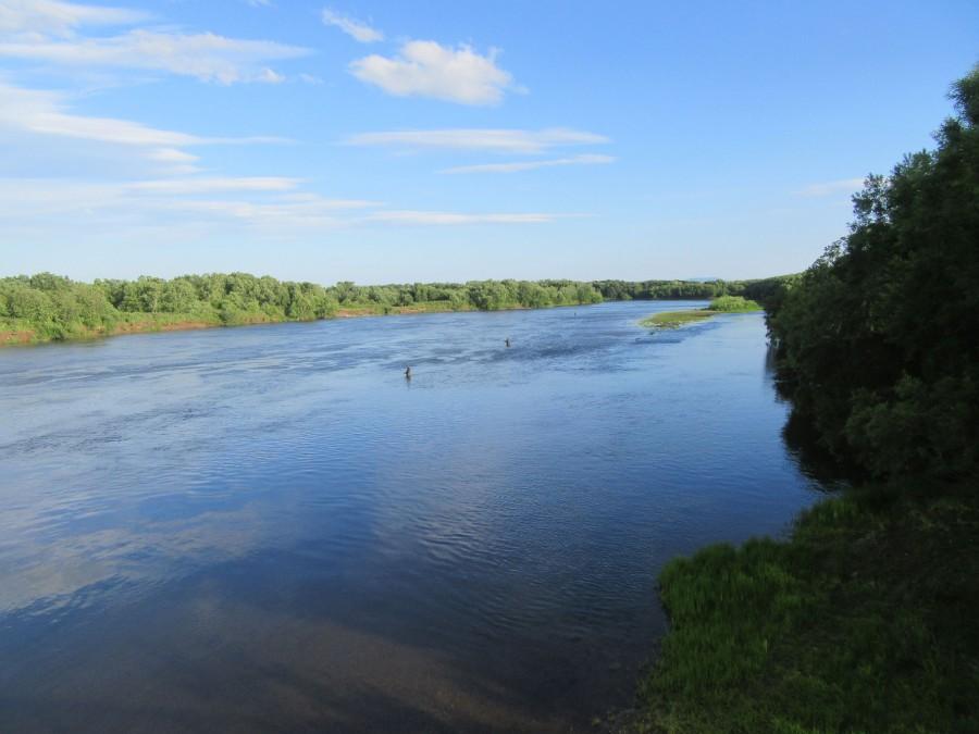 Река Авача - рыбаки